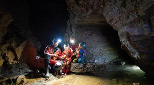 Spéléologie-Ardèche-Initiation Spéléologie dans la Grotte des Croix Blanches, Ardèche-1