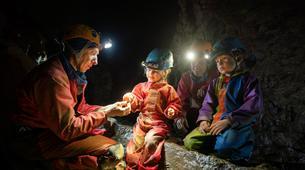 Spéléologie-Ardèche-Initiation Spéléologie dans la Grotte des Croix Blanches, Ardèche-2