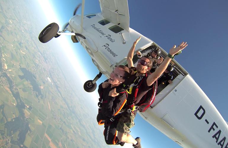 parachute Paris Adrenaline Hunter