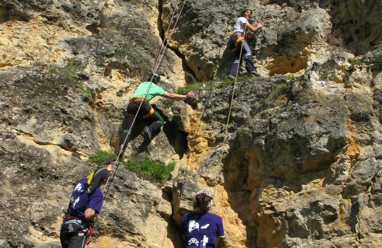 Climbing in Turégano