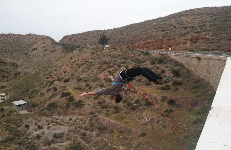 Rope swinging from 35 meters in Gador, Almeria