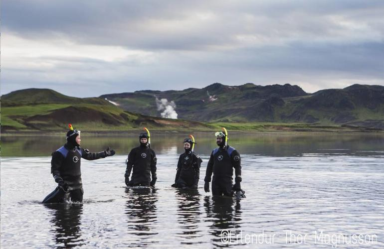 Geothermal snorkeling in Lake Kleifarvat near Reykjavik