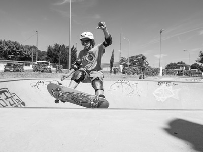 Skateboarding and Longboarding lessons in Bordeaux