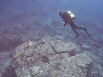 Scuba Diving: Discover scuba diving in Lesbos