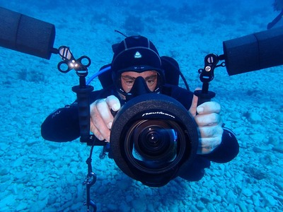 Scuba Diving: Guided adventure dives in Paxos