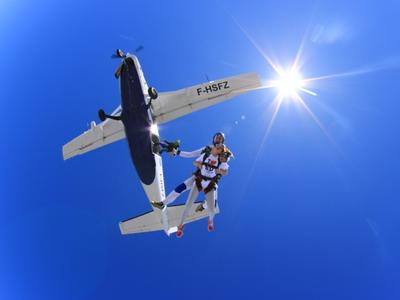 Saut en Parachute Tandem près d'Athènes