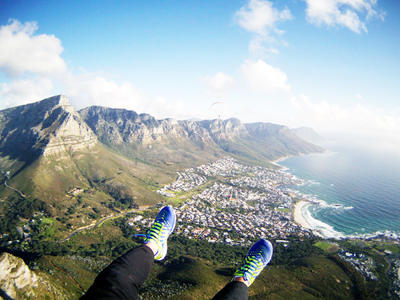 Tandem paragliding flight from Signal Hill, Cape Town
