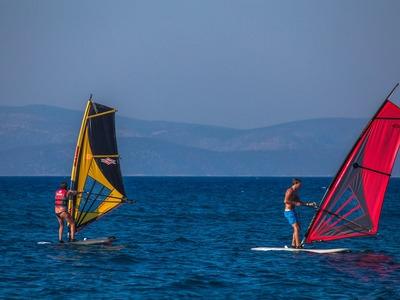 Windsurfing: Windsurfing lessons near Psalidi Beach on Kos
