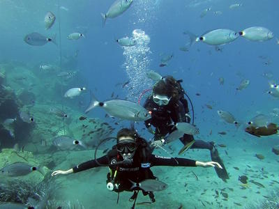 Scuba Diving: PADI Scuba Diver Courses in Santorini
