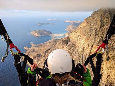 Tandem paragliding flight in Chania, Crete