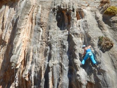 Rock climbing: Introduction course to rock climbing in Kalymnos