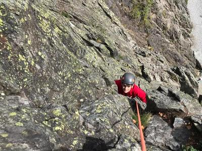 Discover multi-pitch climbing in Vallorcine
