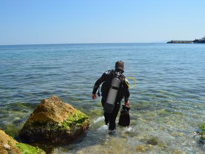 Scuba Diving: PADI Open Water Diver Course in Piraeus, near Athens