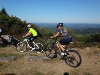 Downhill mountain biking in Suc au May, Correze