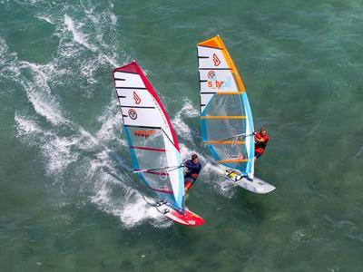 Windsurfing: Windsurfing Lessons in Alacati