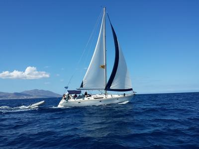 Sailing: Semi-Private Sailing Day Cruise from Mykonos to Rhenia and Delos