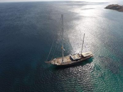 Sailing: Superior Day Cruise from Mykonos to Rhenia Island & Guided Tour of Delos