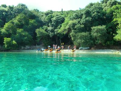 Sea Kayaking: Sea Kayaking Excursion to Meganisi Island, from Nidri, Lefkada