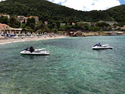 Jet ski rentals from Titova Villa Beach in Dubrovnik