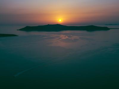 Private Sunset Rib Safari in Perivolos Beach, Santorini