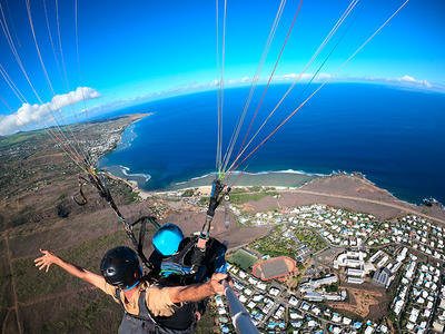 Paragliding flight on Reunion Island