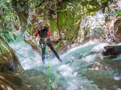 Canyoning: Canyoning excursion at Neda Natural Waterpark (Neda River)