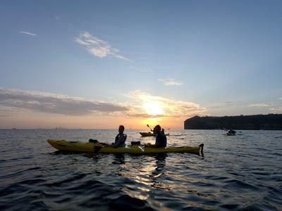 Sea Kayaking: Sea Kayaking Sunset Tour from Kambia Beach in Santorini