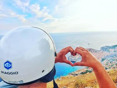 Panorama Dubrovnik highlights tour with a Vespa
