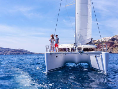 Sailing: Semi-private Catamaran Comfort Day Cruise from Ammoudi Bay in Oia
