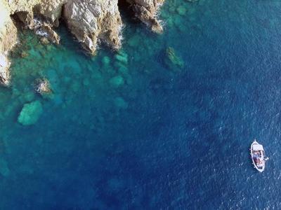Snorkeling: Sailing and snorkeling excursion around Mykonos