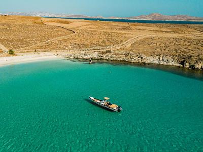 Sailing: Private cruise in Delos and Rhenia islands
