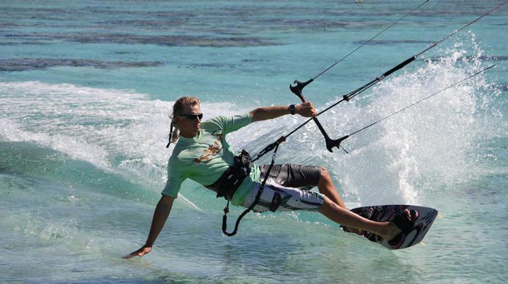 Kitesurf-Bora Bora-Cours de kitesurf à Bora Bora, Polynésie française-2