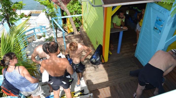 Plongée sous-marine-Réserve Cousteau-Baptême de Plongée dans la Réserve Cousteau en Guadeloupe-9