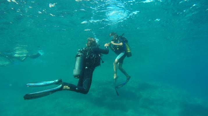 Plongée sous-marine-Balagne-Baptême de plongée à Ile Rousse, Corse-4