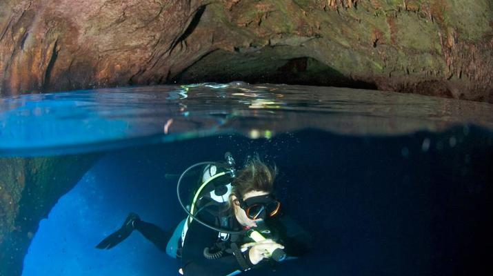 Scuba Diving-Antiparos-Adventure dives in Antiparos-1