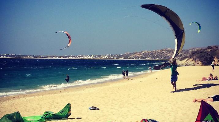 Kitesurfing-Naxos-IKO Kitesurfing Courses and Lessons in Mikri Vigla, Naxos-4