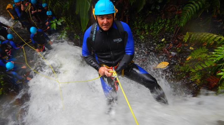 Canyoning-Fort-de-France-Canyon Tropical Découverte en Martinique-1