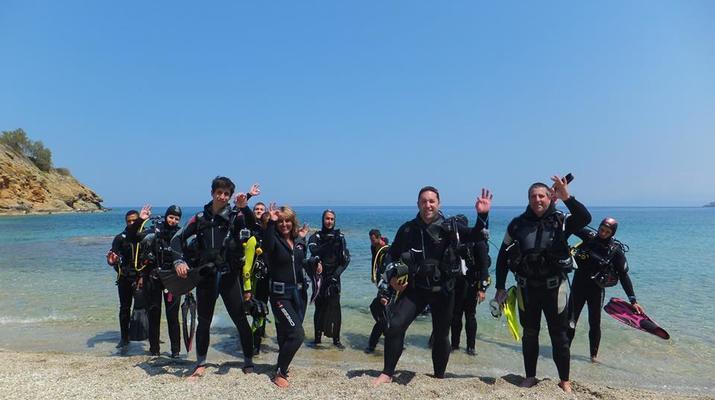 Scuba Diving-Agia Pelagia-Discover Scuba Diving in Mononaftis Beach, near Heraklion-1