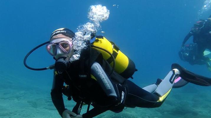 Scuba Diving-Agia Pelagia-Discover Scuba Diving in Mononaftis Beach, near Heraklion-2