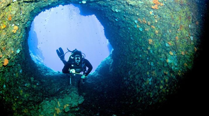 Scuba Diving-Antiparos-Adventure dives in Antiparos-6