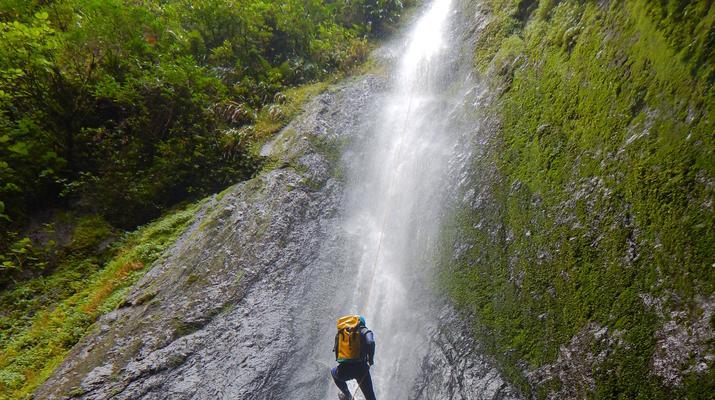 Canyoning-Fort-de-France-Canyons Extrêmes de l'Alma ou des Soeurs, Martinique-3