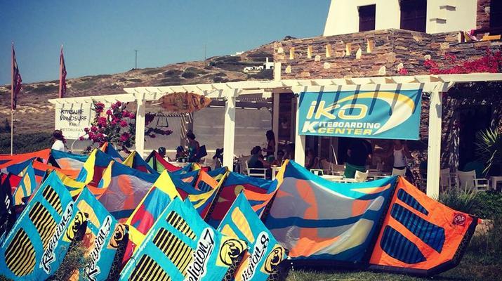 Kitesurfing-Naxos-IKO Kitesurfing Courses and Lessons in Mikri Vigla, Naxos-5
