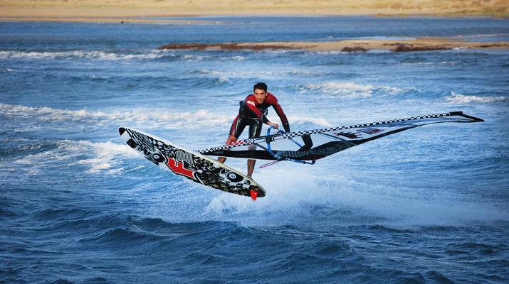 Windsurfing-Naxos-Windsurfing lessons in Naxos-1