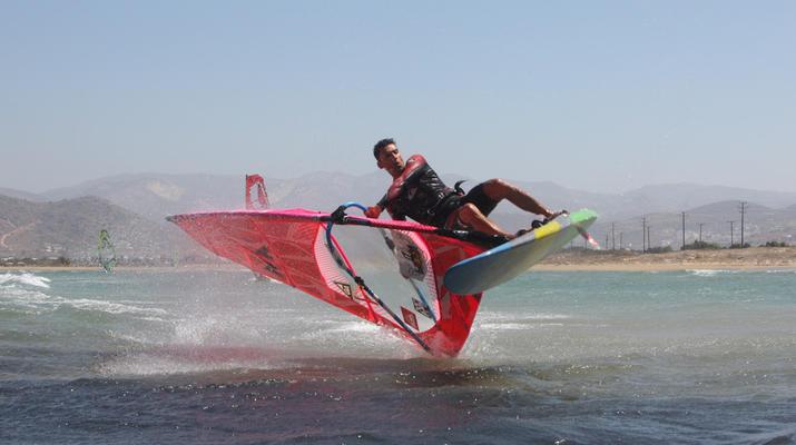 Windsurfing-Naxos-Windsurfing lessons in Naxos-3