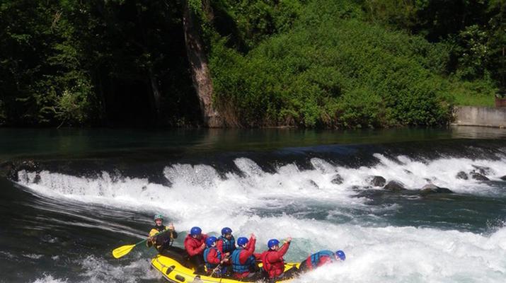 Rafting-Pau-Descente en rafting du Gave de Pau entre Lourdes et Lestelle-Bétharram-1