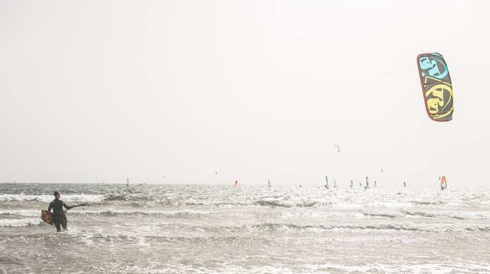 Kitesurf-El Médano, Tenerife-Cours de kitesurf sur la plage d'El Medano, Tenerife-3