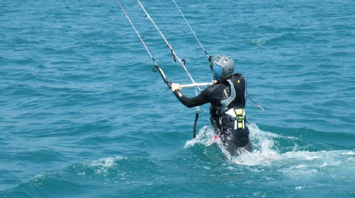 Kitesurfing-Lake Garda-Kitesurfing courses in Tignale, Lake Garda-2