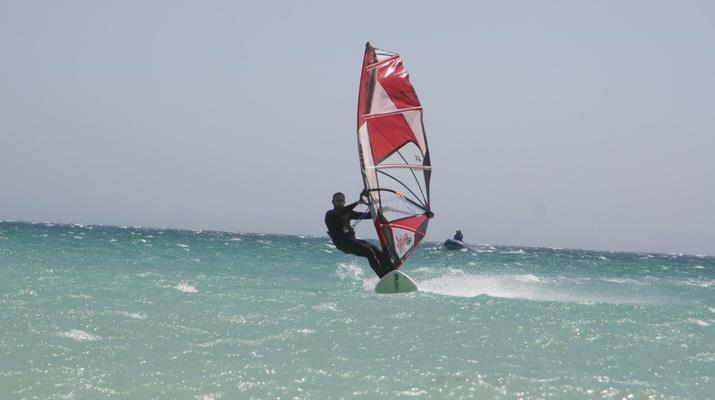 Windsurf-Tarifa-Cours privés de planche à voile à Tarifa-2