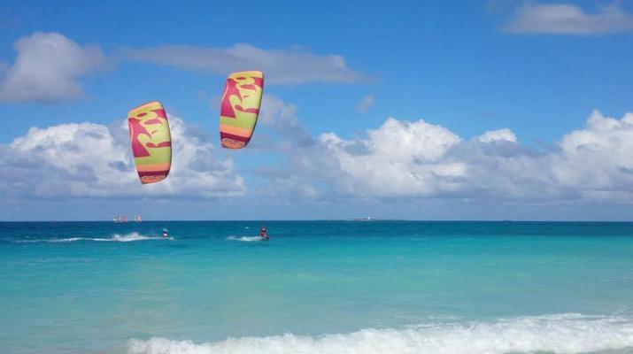 Kitesurf-El Médano, Tenerife-Cours de kitesurf sur la plage d'El Medano, Tenerife-1