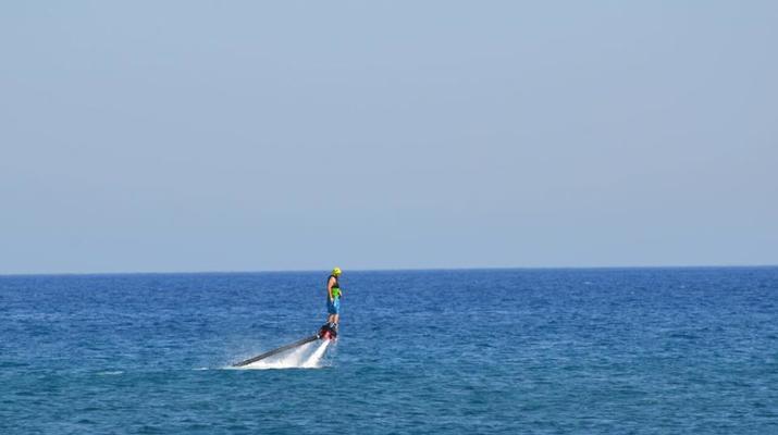 Flyboard/Hoverboard-Santorin-Session de flyboarding à Santorin-5